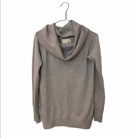 Aritzia Wilfred Free Gray cowl neck sweater small